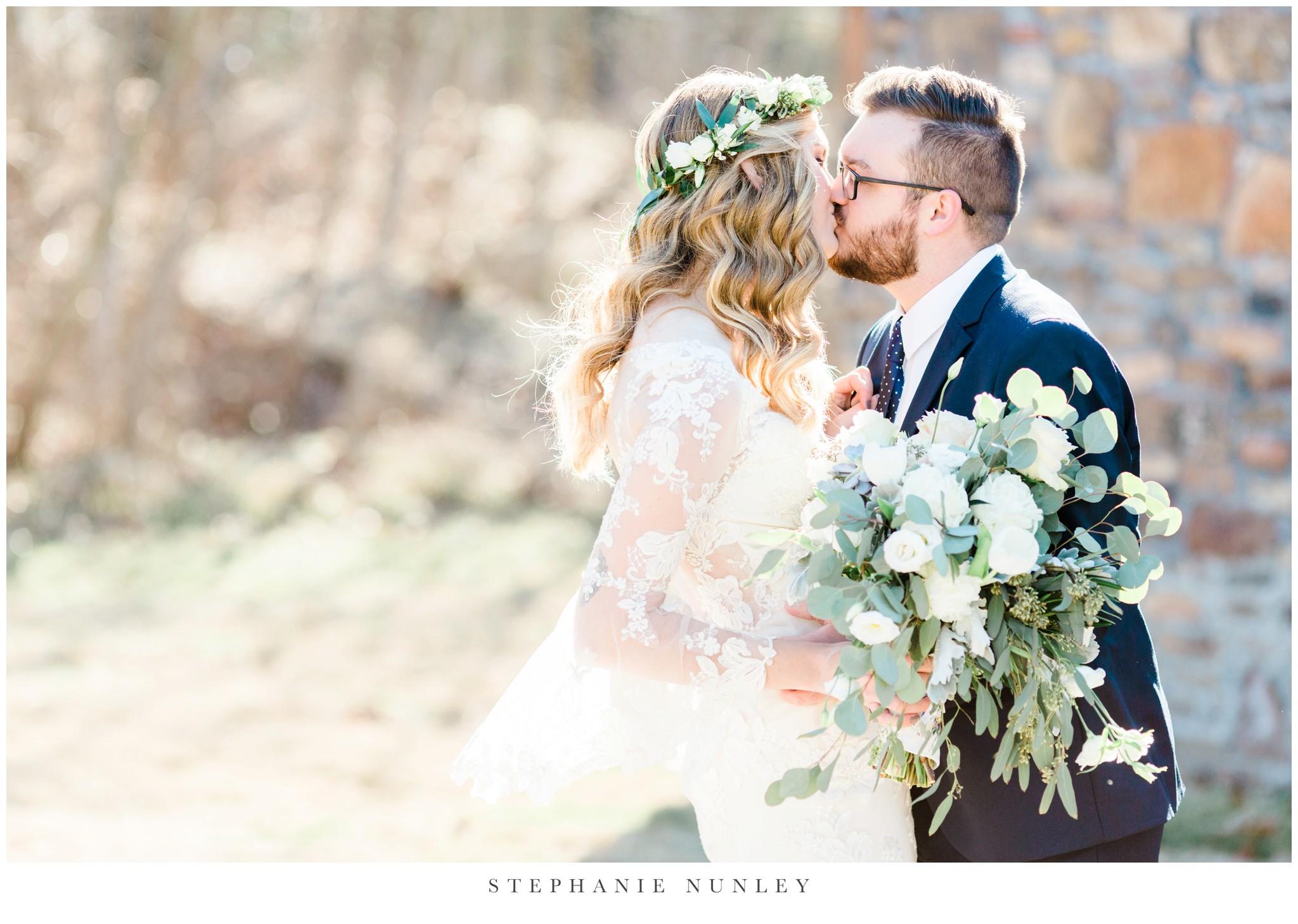 sassafrass-springs-vineyard-film-wedding-photos-31.jpg