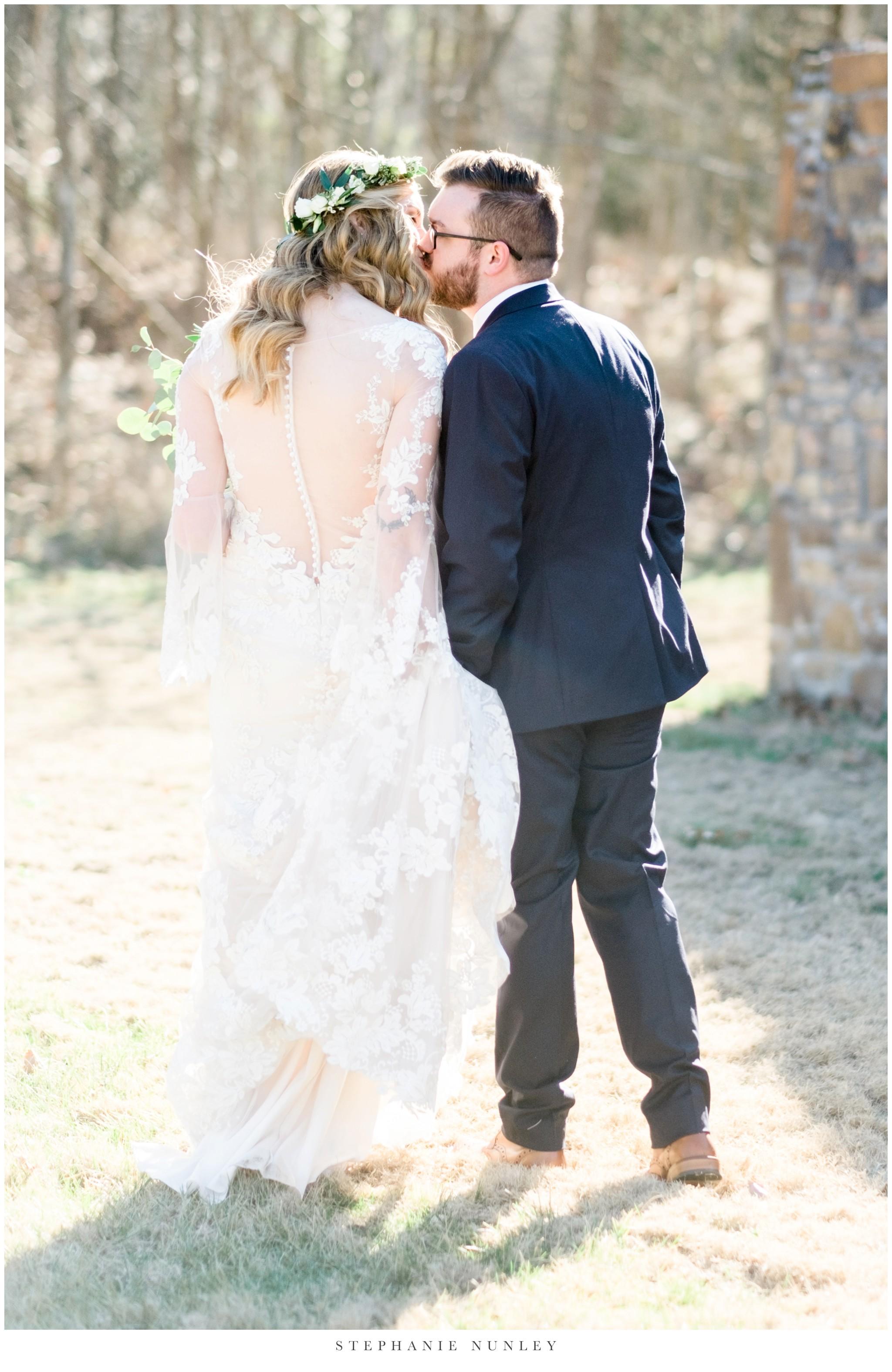 sassafrass-springs-vineyard-film-wedding-photos-35.jpg