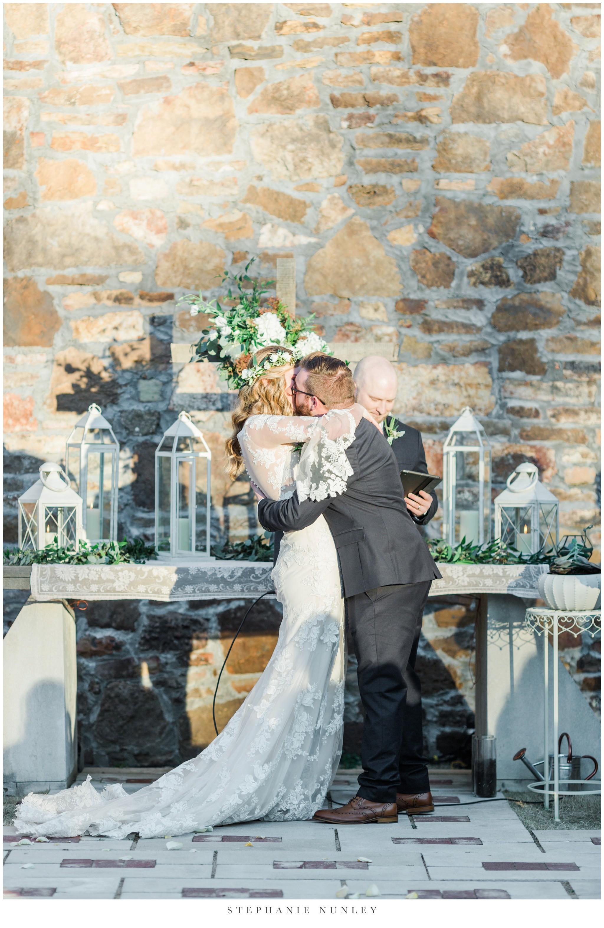 sassafrass-springs-vineyard-film-wedding-photos-63.jpg