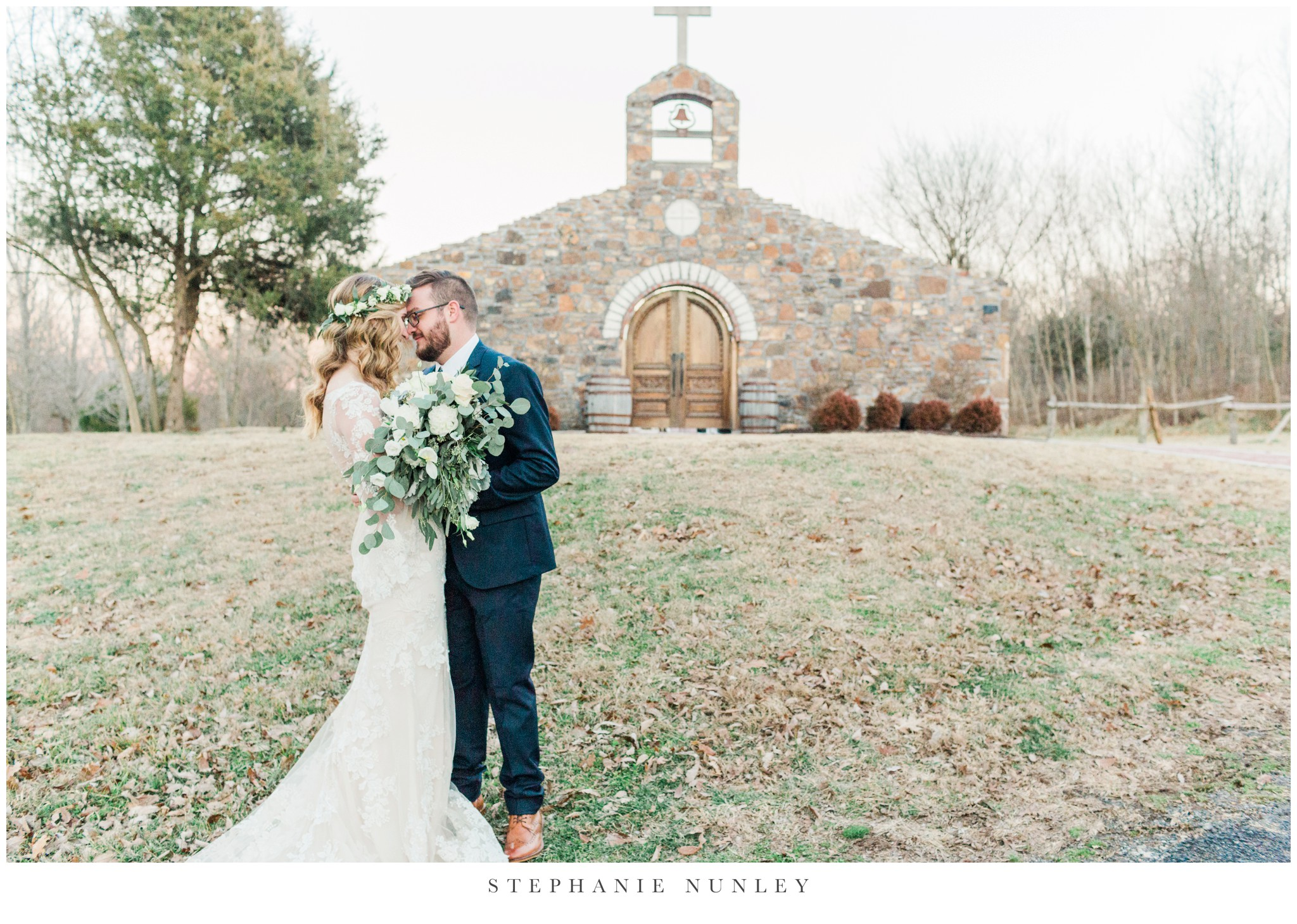 sassafrass-springs-vineyard-film-wedding-photos-64.jpg