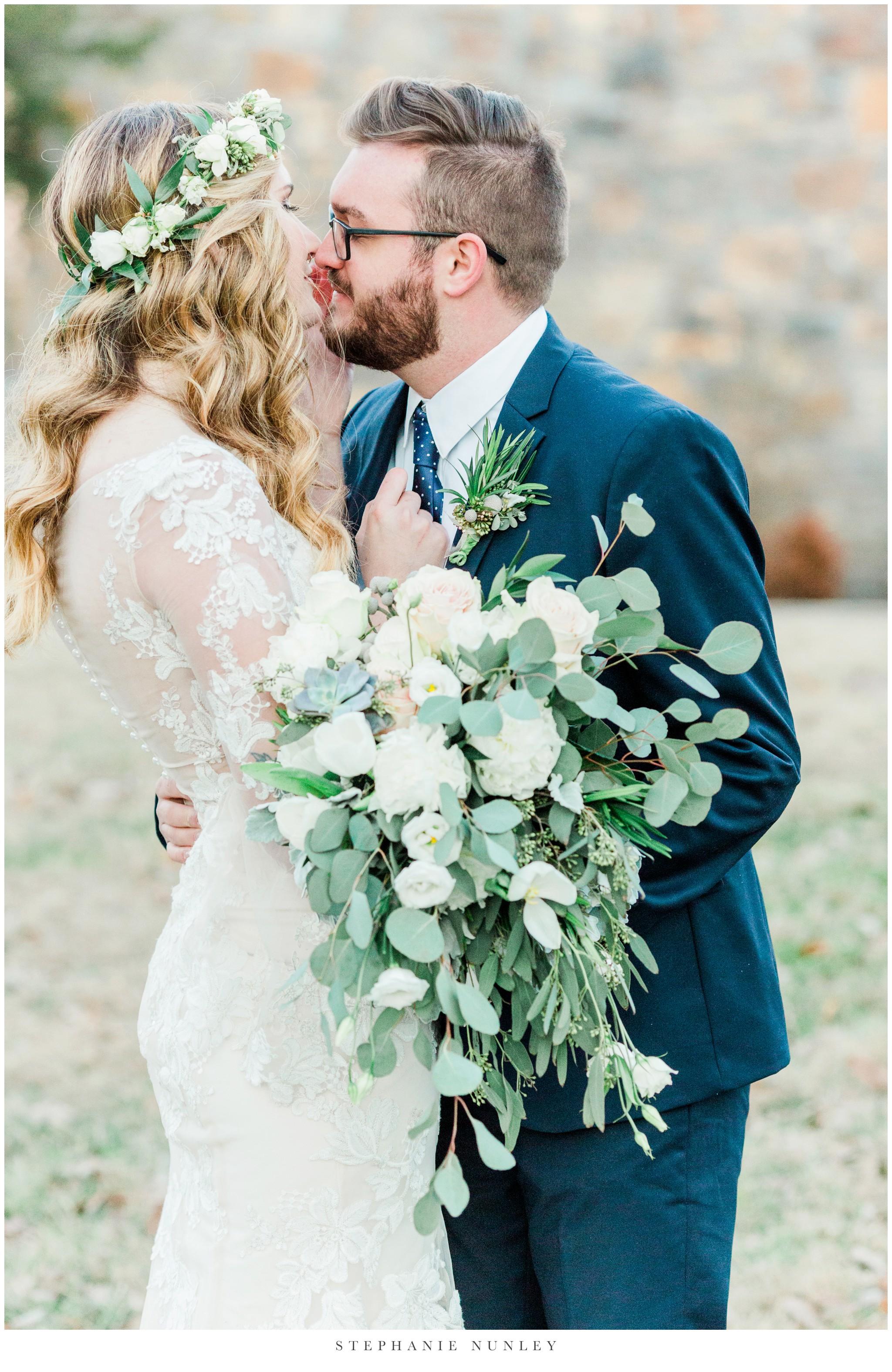 sassafrass-springs-vineyard-film-wedding-photos-66.jpg