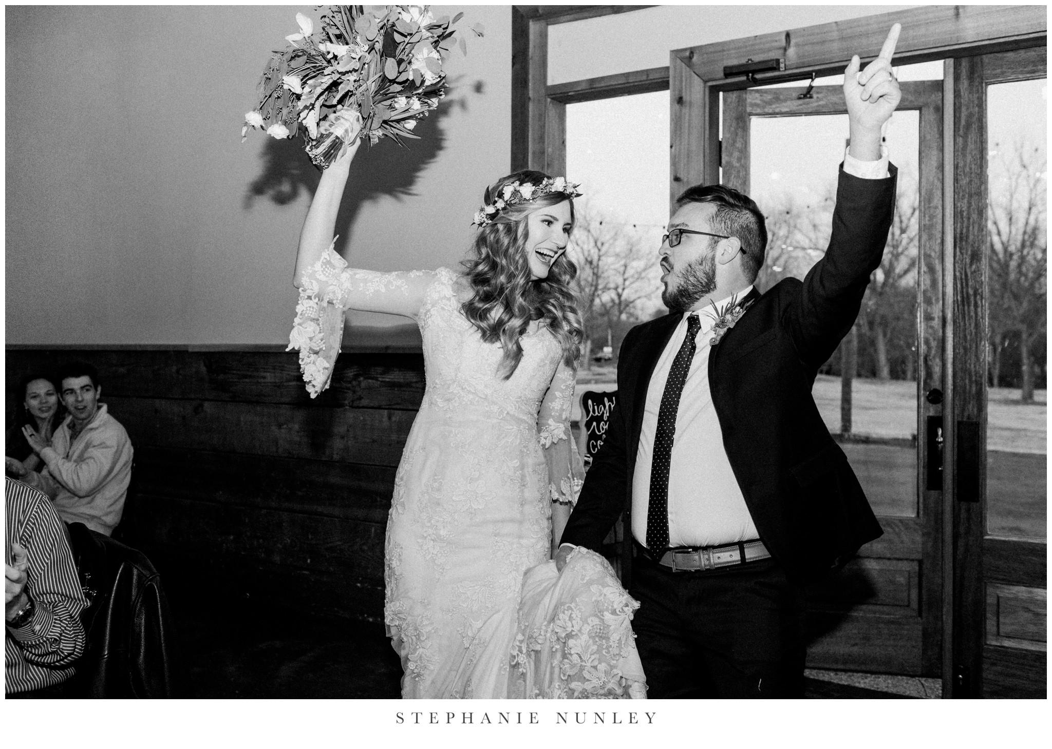 sassafrass-springs-vineyard-film-wedding-photos-72.jpg