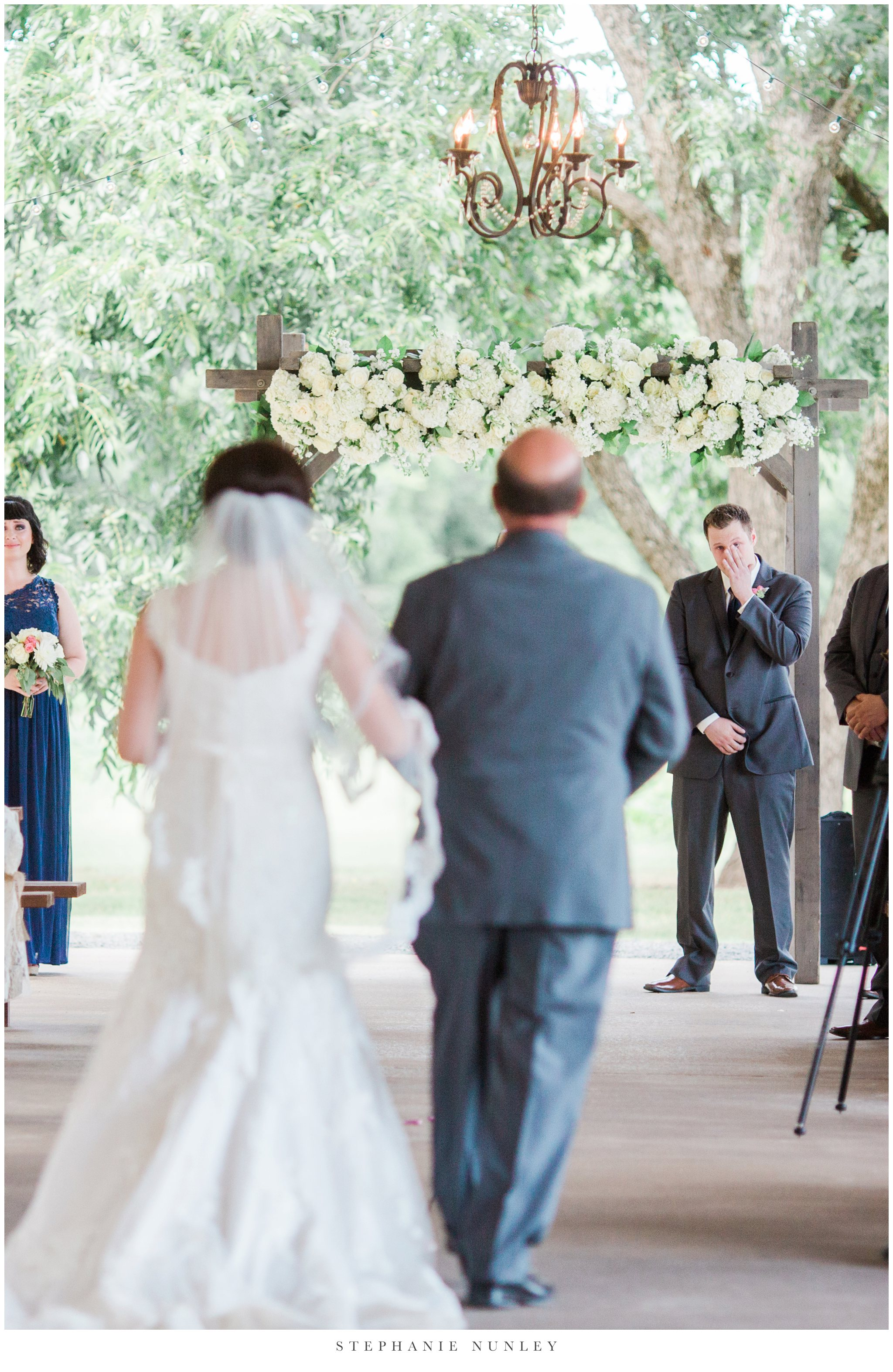 arkansas-outdoor-film-inspired-wedding-0035.jpg