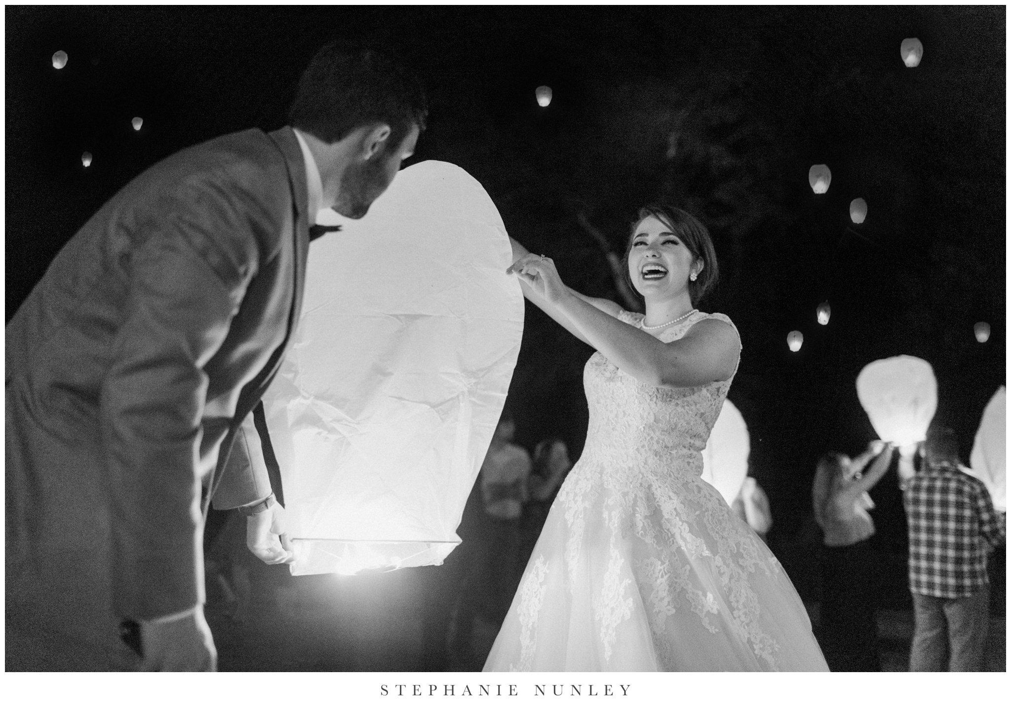 arkansas-wedding-with-lush-wildflower-bouquet-0147.jpg