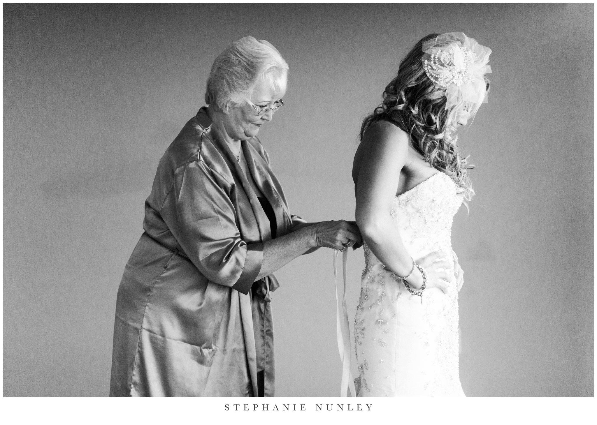 whitney-mountain-lodge-wedding-photographer-0042.jpg