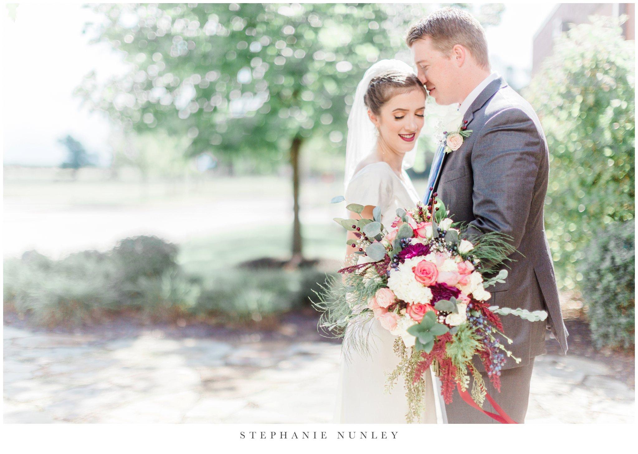first-baptist-rogers-wedding-photos-0030.jpg