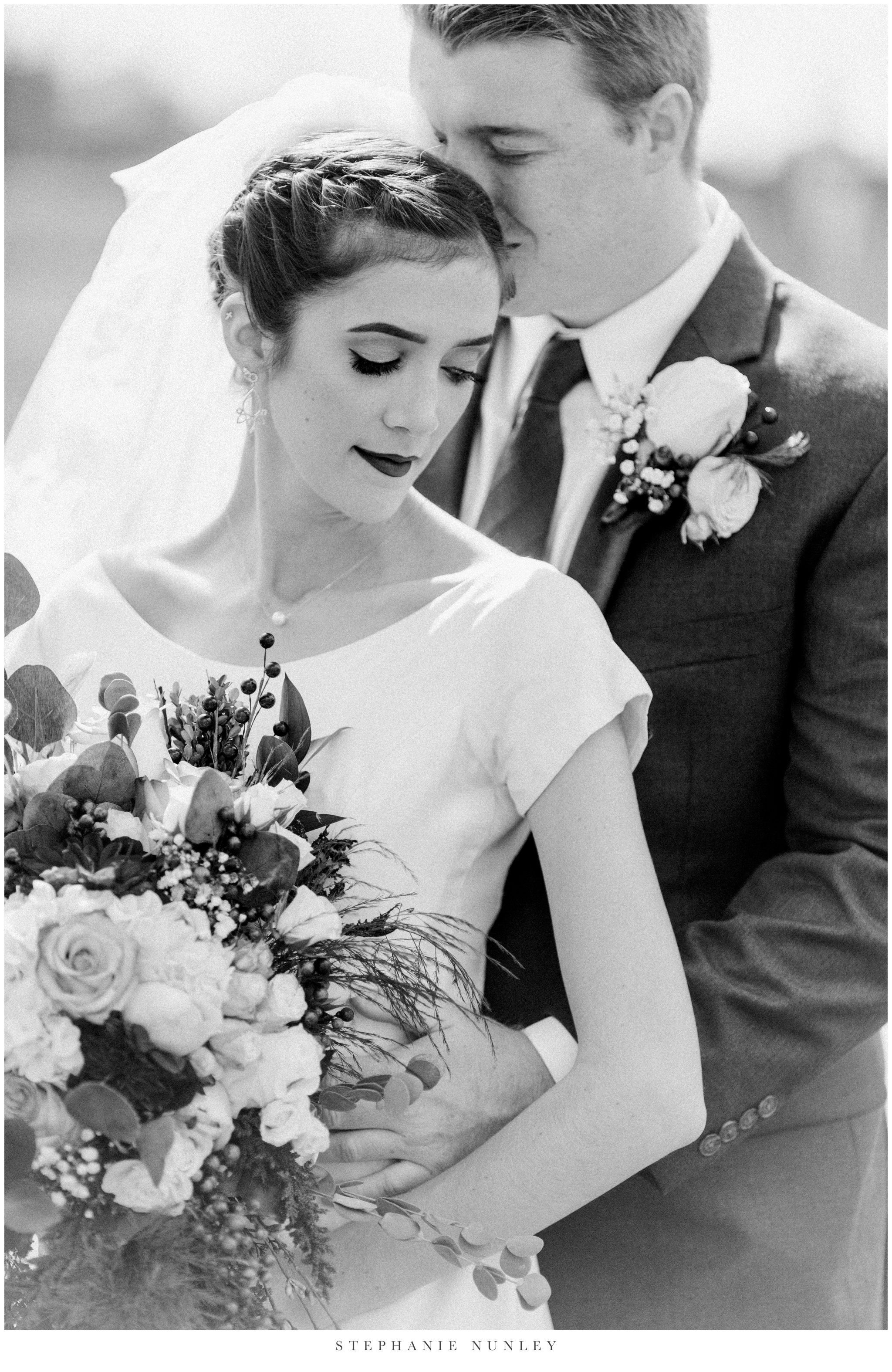 first-baptist-rogers-wedding-photos-0044.jpg