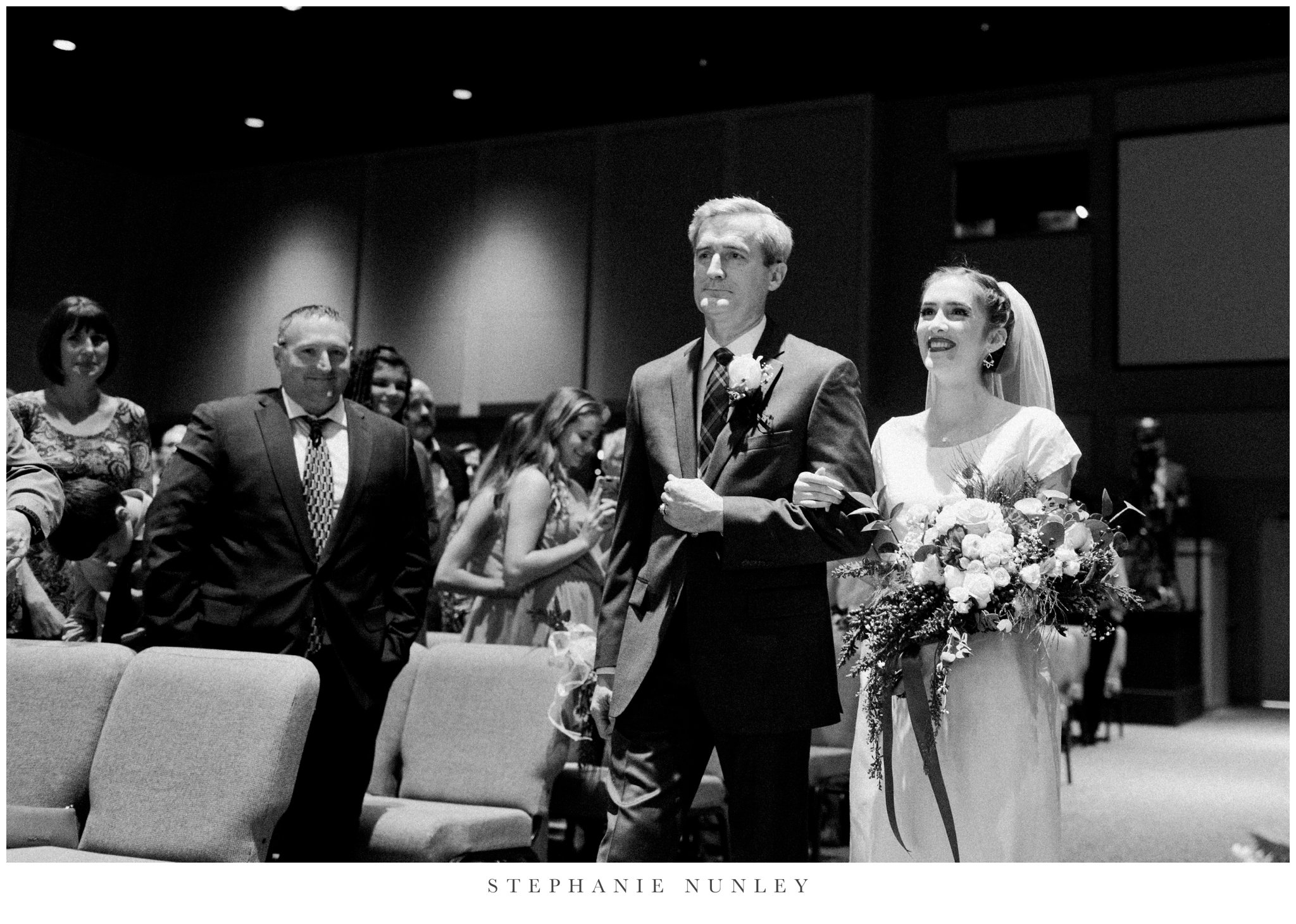 first-baptist-rogers-wedding-photos-0068.jpg