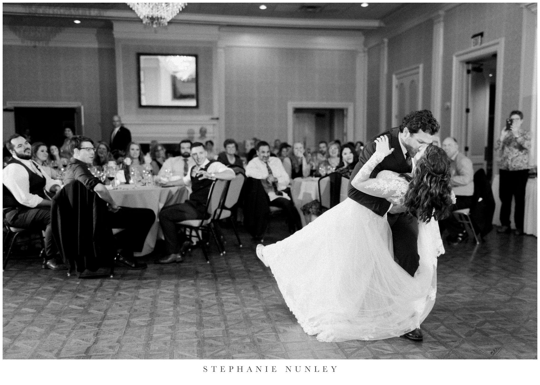 arkansas-country-club-wedding-photos-0100.jpg