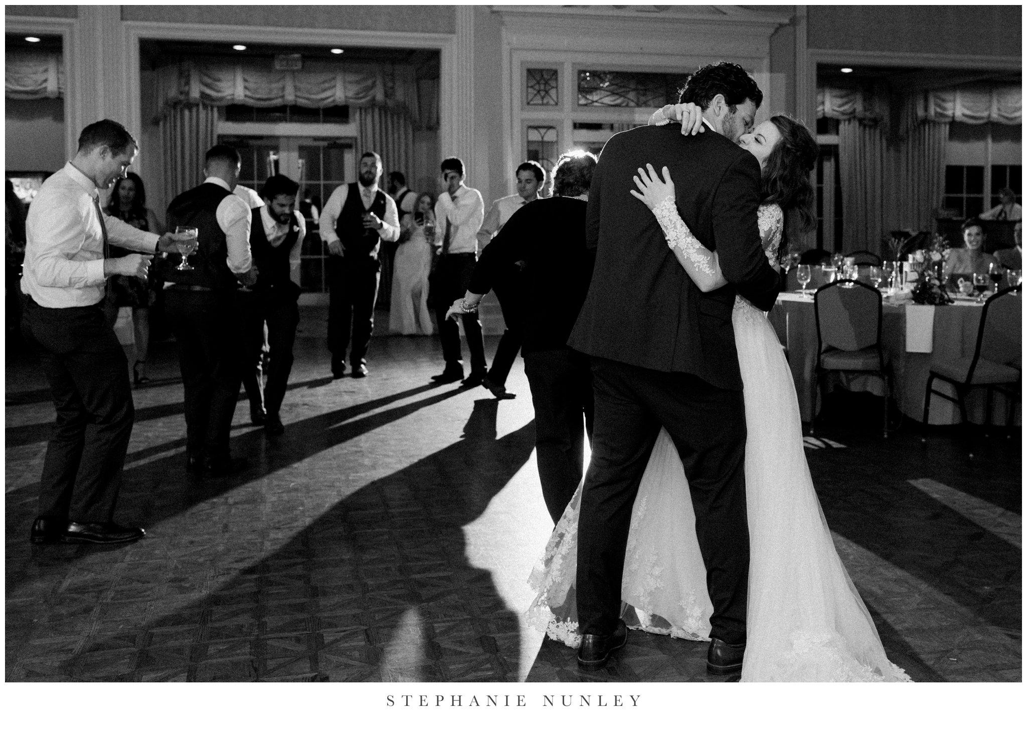 arkansas-country-club-wedding-photos-0104.jpg