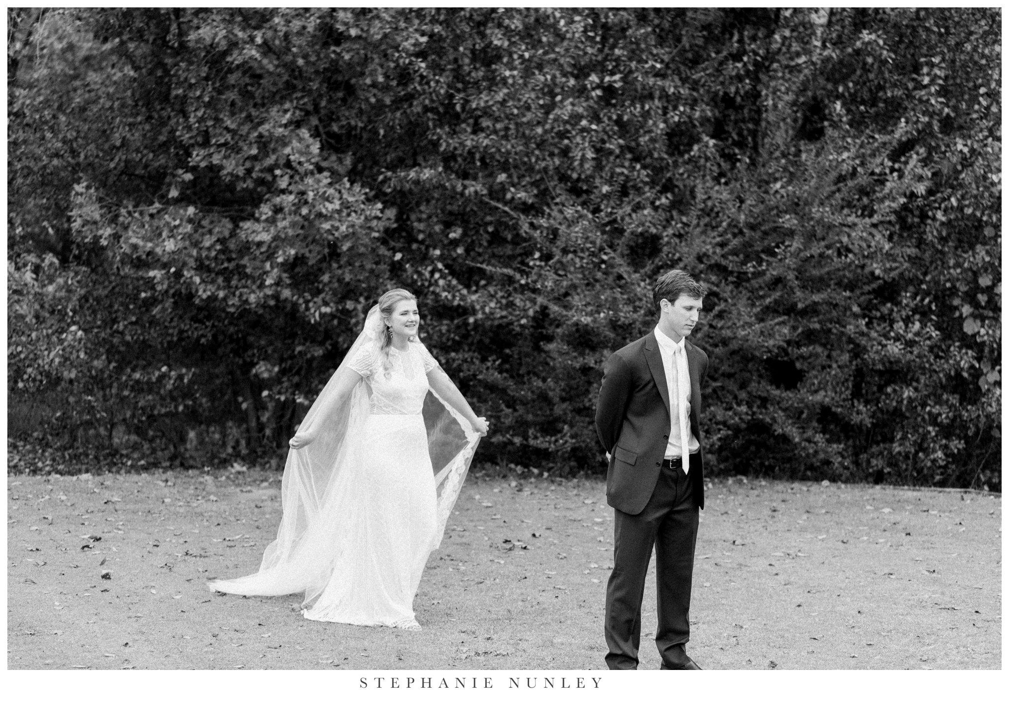 fall-arkansas-country-club-wedding-photos-023.jpg