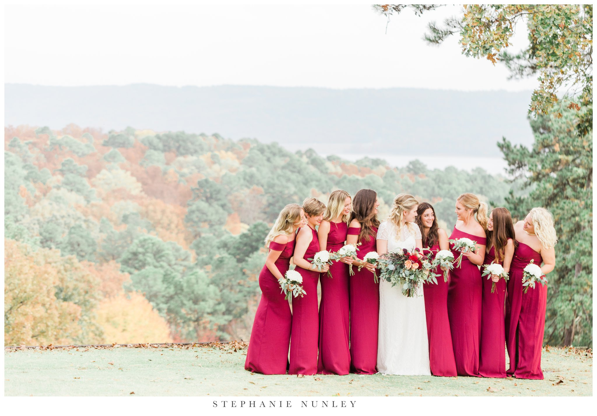 fall-arkansas-country-club-wedding-photos-055.jpg