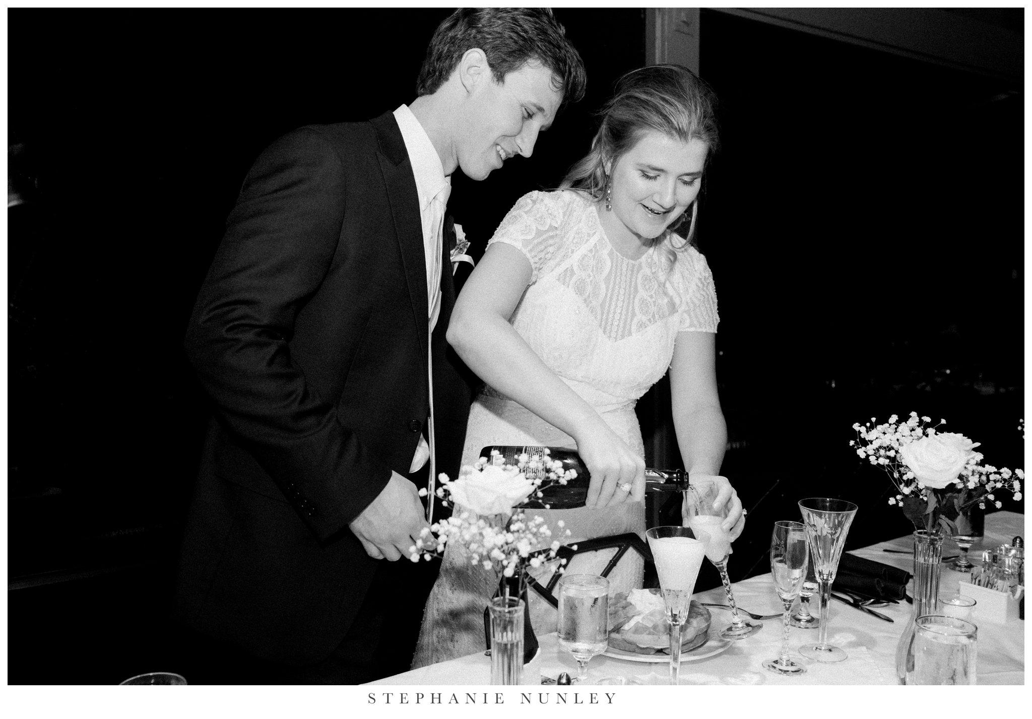 fall-arkansas-country-club-wedding-photos-084.jpg