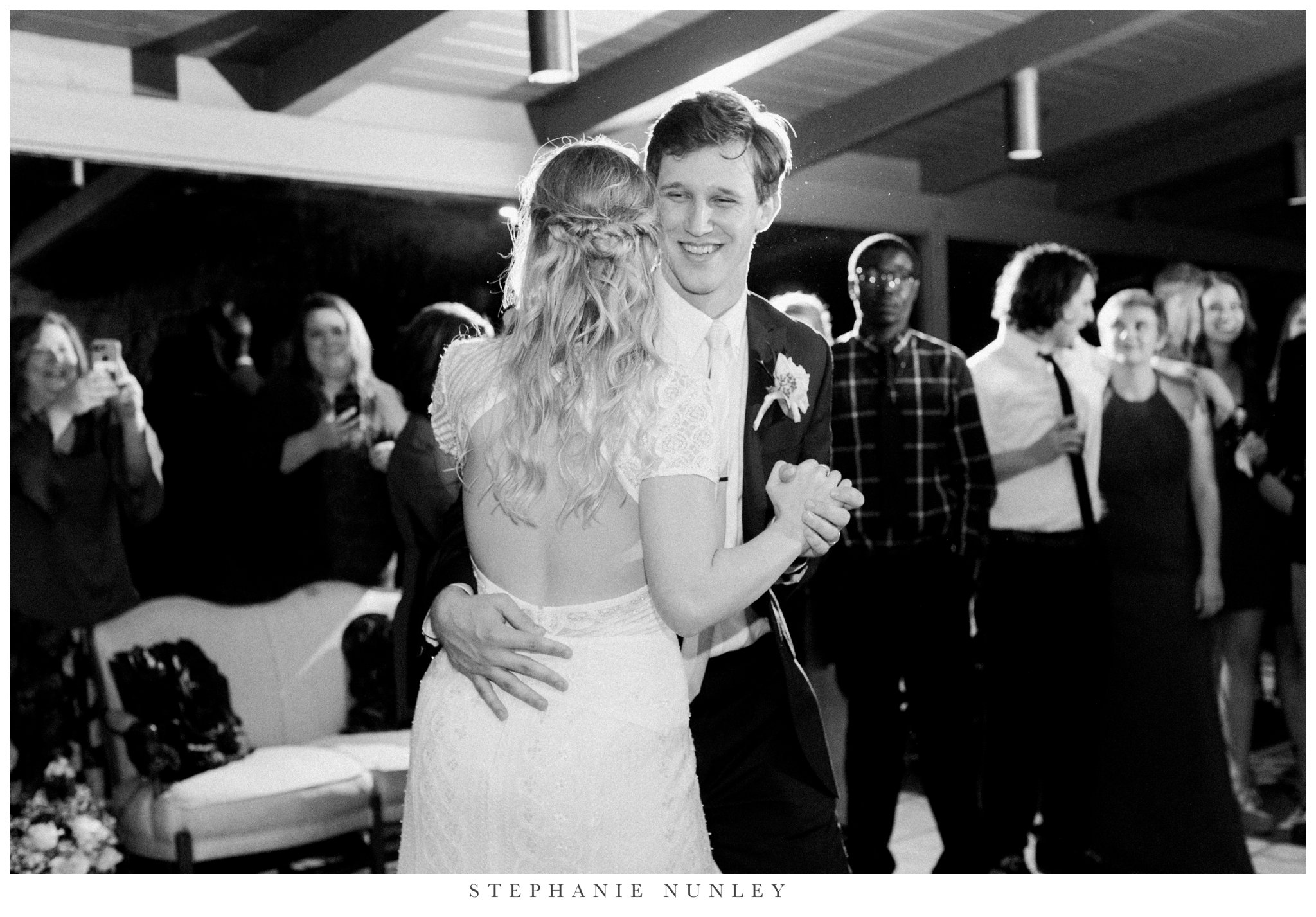 fall-arkansas-country-club-wedding-photos-088.jpg