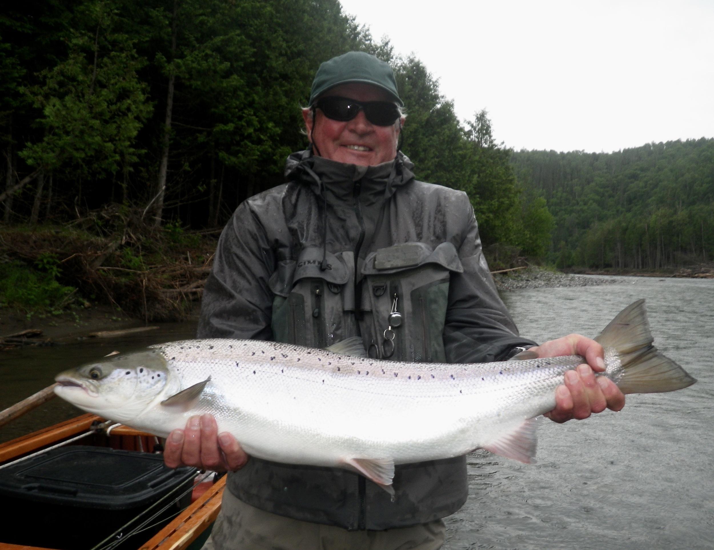 Ian Thorpe with a nice Bonaventure salmon, Congratulations Ian!