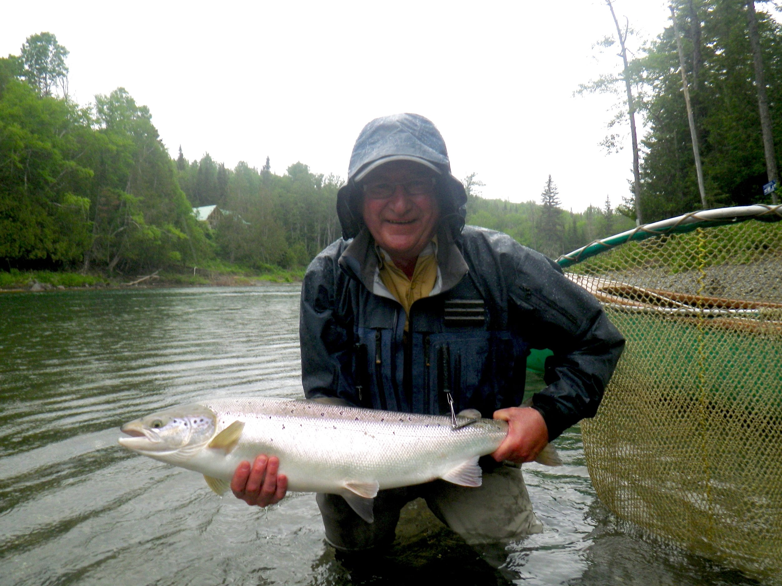 Our good friend Paul Scott with yet another one, Paul was high rod with five landed in three days. Welldon Paul !