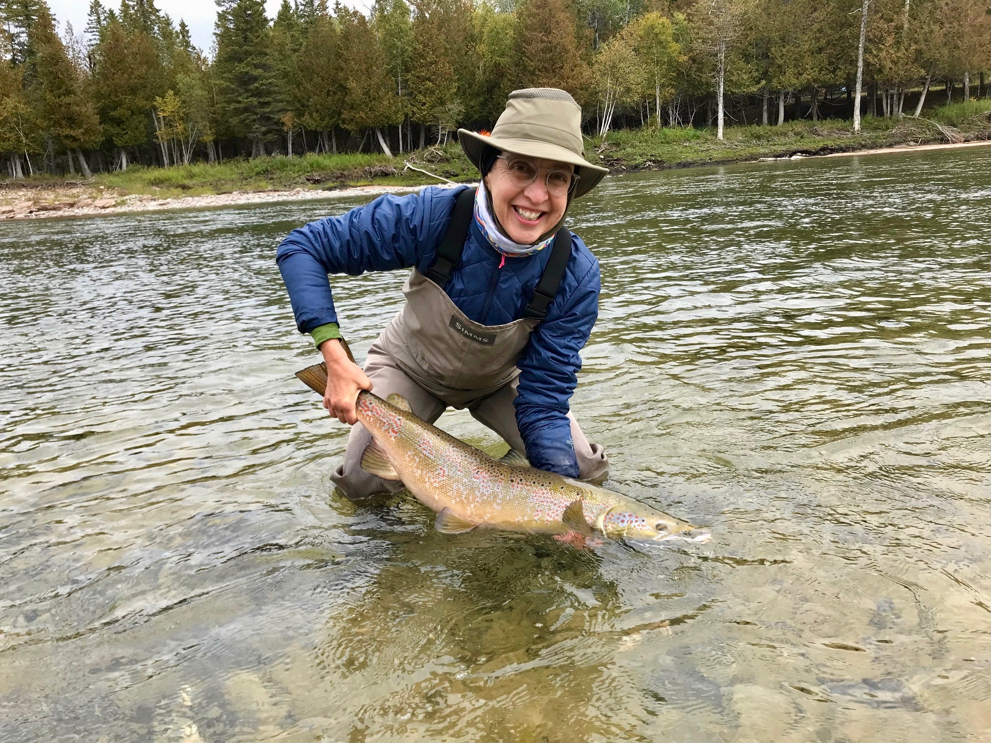 Always so nice to have Elaine back in town! She landed this great salmon on the Bonaventure River! Congrats Elaine!