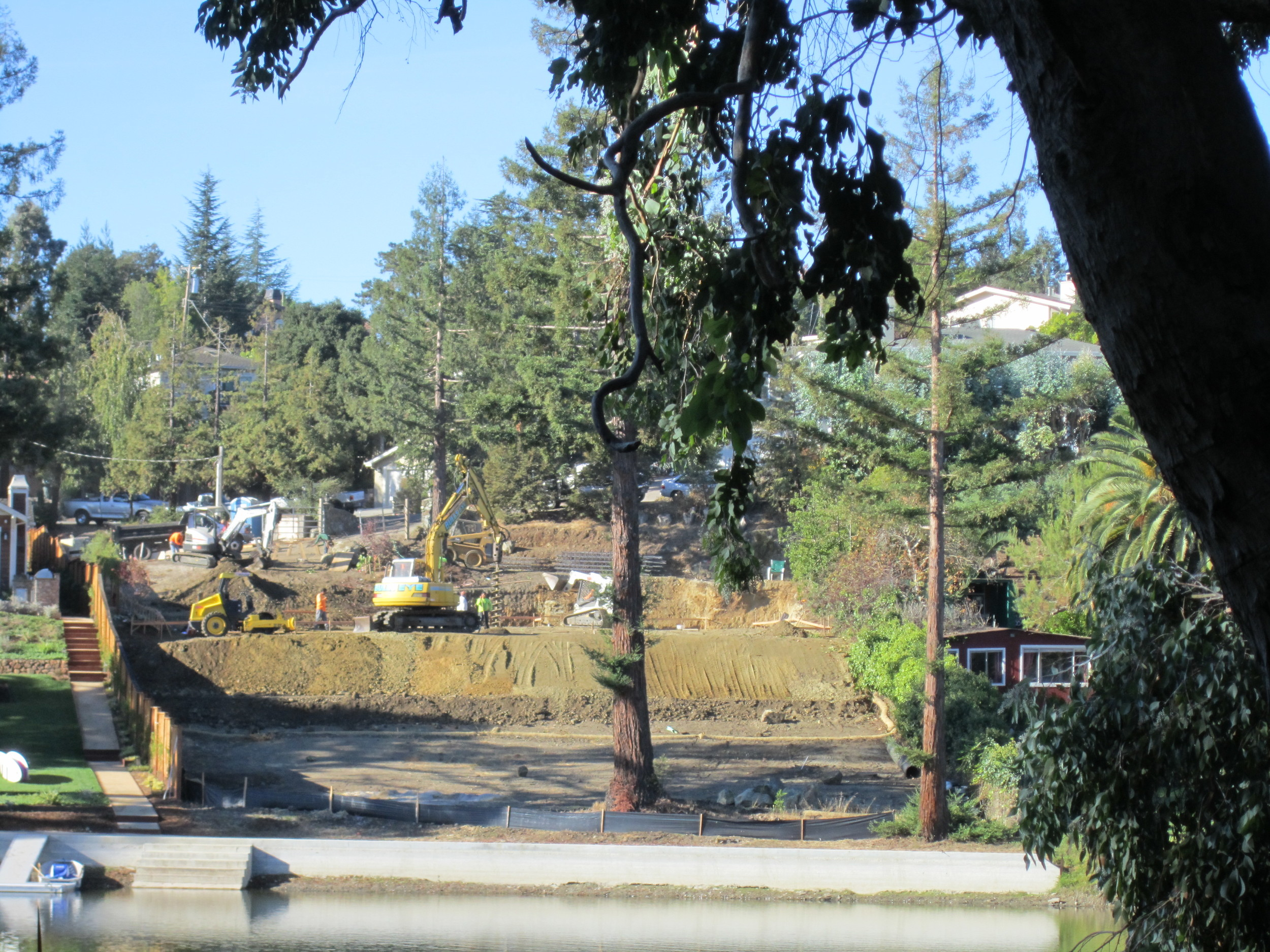Lakeview Way Emerald Hills Under construction Available 2016