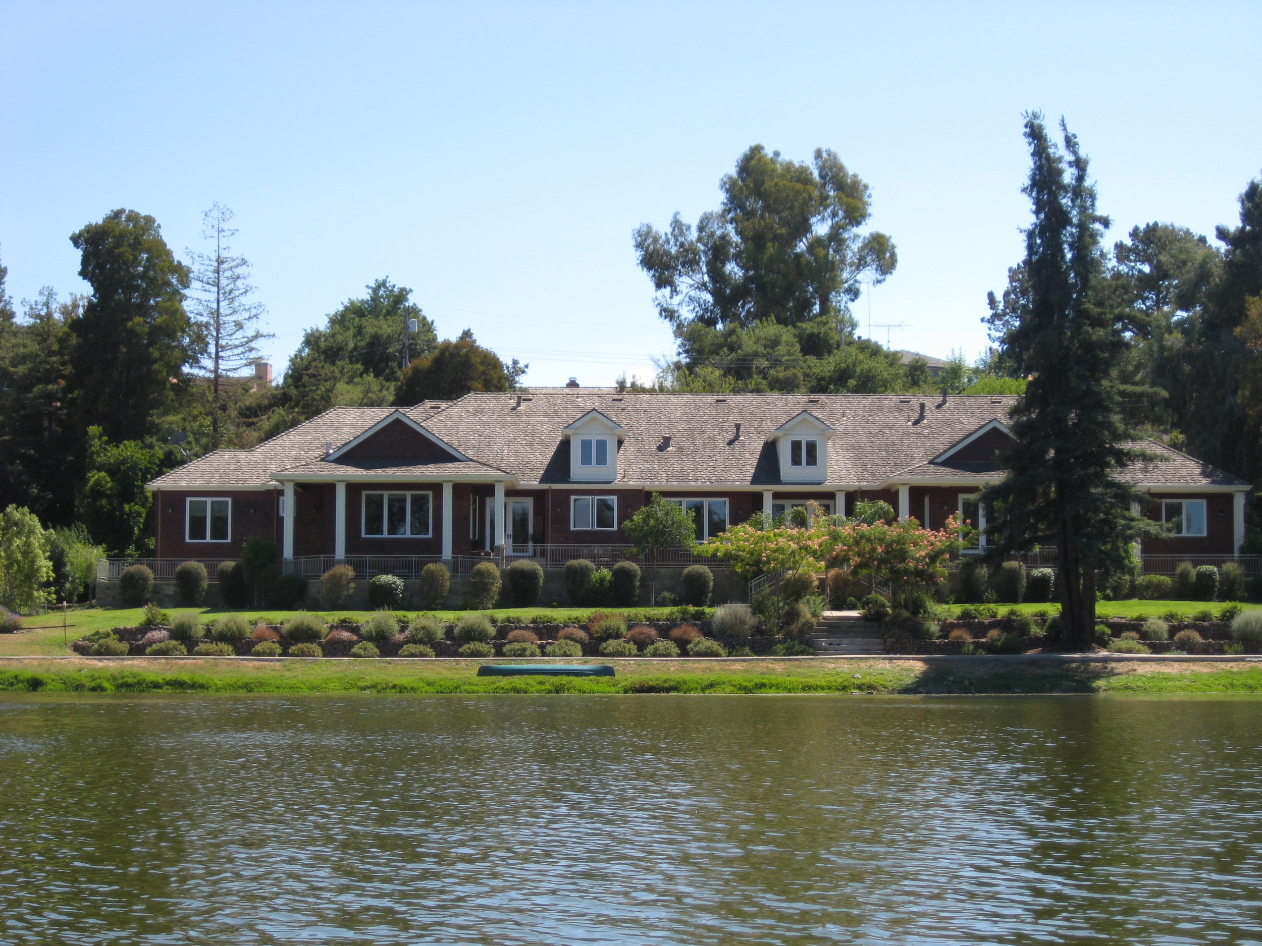 1015 Lakeview Way Emerald Hills.jpg