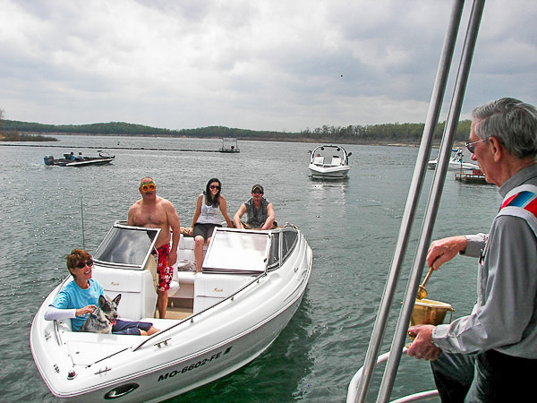 Pontiac_Cove_Marina_on_Bull_Shoals_Lake-5.jpg