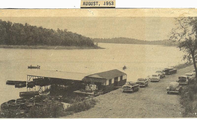 Pontiac_Boat_Dock__now_Pontiac_Cove_Marina_on_Bull_Shoals_Lake.jpg