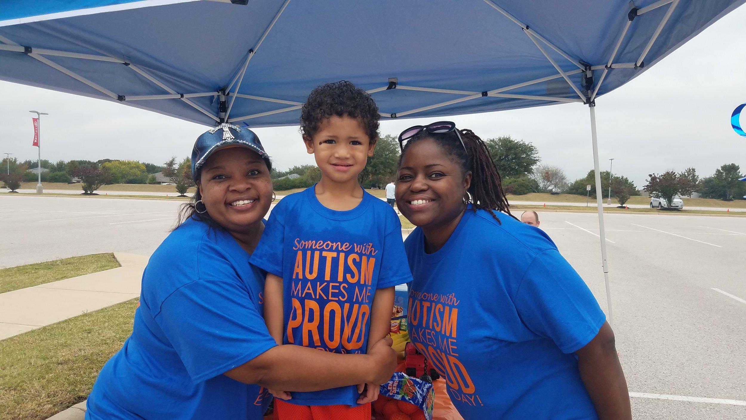 autism-speaks-austin-walk-2017-cultivate-behavioral-health-and-education-family-1.jpg