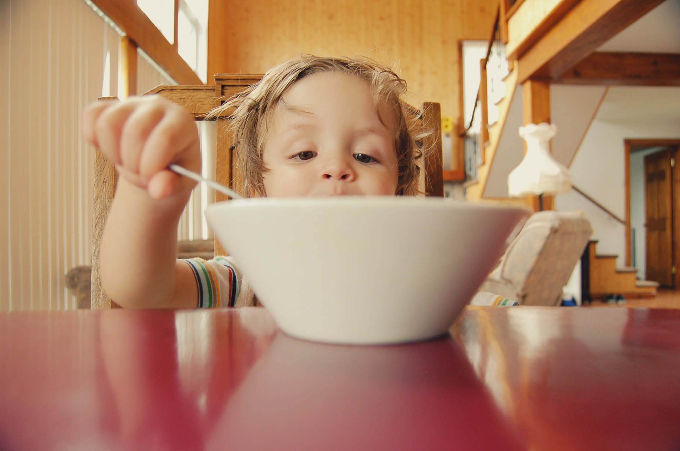 Mealtime can be a great time to teach your child to communicate in various ways! There are so many components to a meal such as spoons, forks bowls, cereal, milk, table, even teaching to ask for a chair seems silly but it is so important!