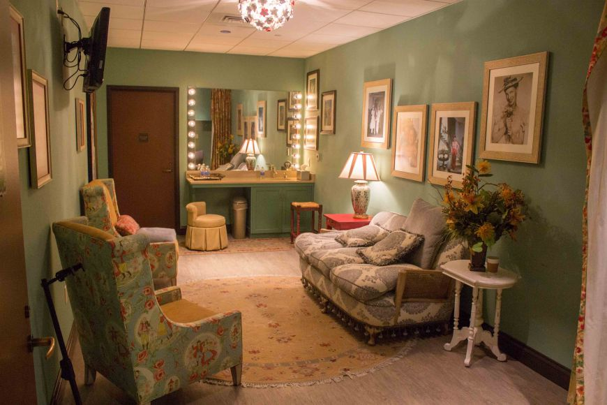A typical dressing room at the Grand Ole Opry.