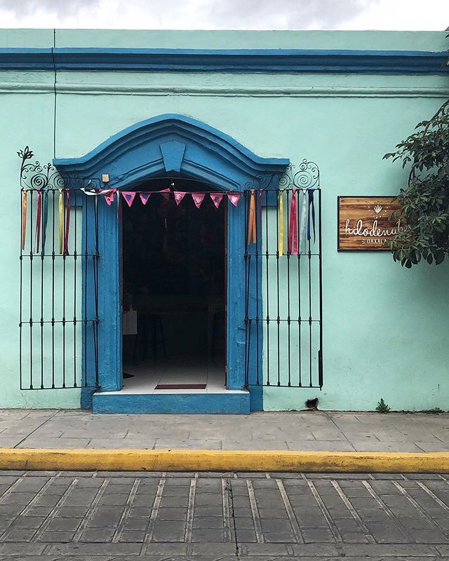 Blue his house with a blue little window And a blue Corvette And everything is blue for him @hilodenubeoaxaca . . . . . #oaxaca #darlingdaily #flashesofdelight #livethelittlethings #nothingisordinary #traveldeeper #culturetrip #gglocalgems @frommers @cntraveler @dametraveler #oaxacaflavors #mexico #visitoaxaca #makemoments #allshots_ #passionpassport @passionpassport #wheretofindme #pathport #travelwithfathom #bbctravel #prettylittletrips #apartmenttherapy #suitcasetravels #mydomainetravels #travelandleisure #mytinyatlas @tinyatlasquarterly @apartmenttherapy @mydomaine @bbc_travel @foodandwinees @away @beautifulhotels @tasteinhotels
