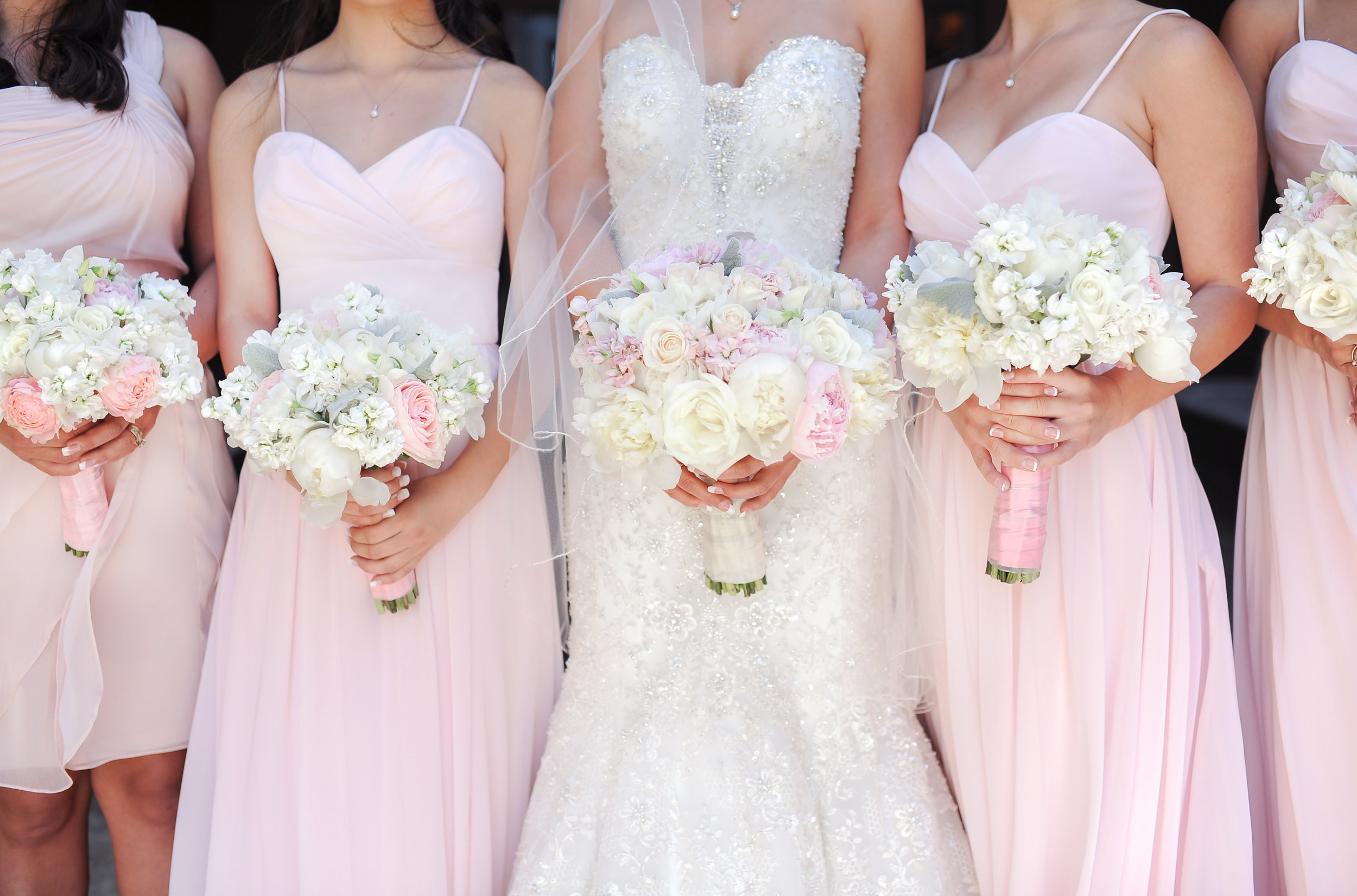 WeddingParty-035.jpg