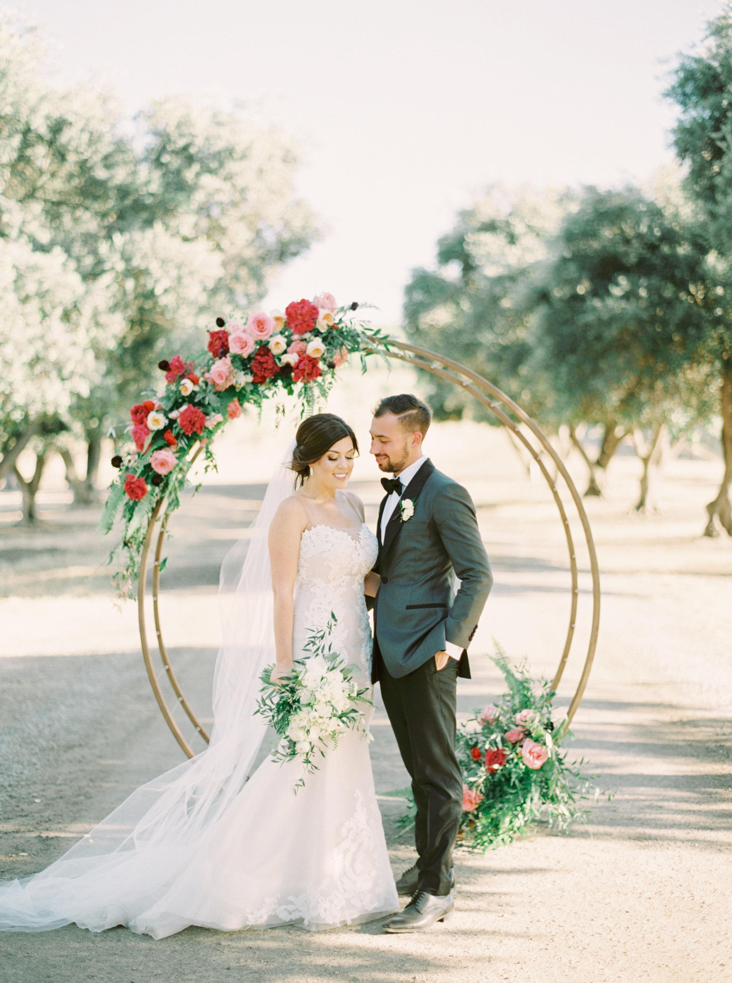 Wente Wedding featured on RuffledBlog - https://ruffledblog.com/modern-vineyard-wedding-whimsical-burgundy/