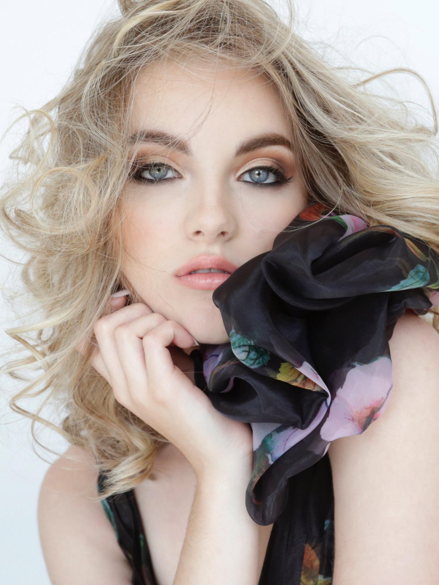 Katie-Guevarra-PhotoShoot-Hair-Makeup.jpg