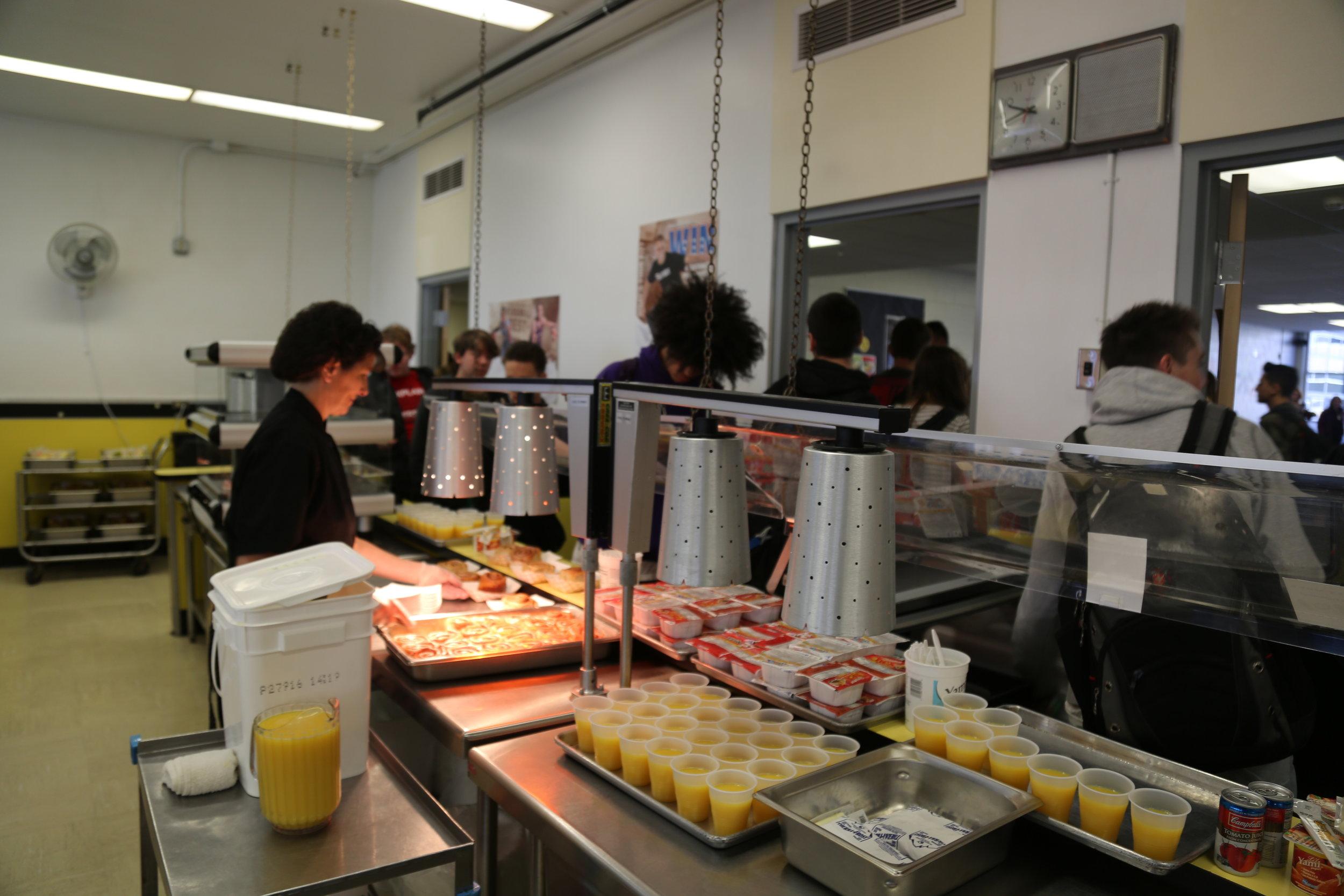 Breakfast Line.JPG