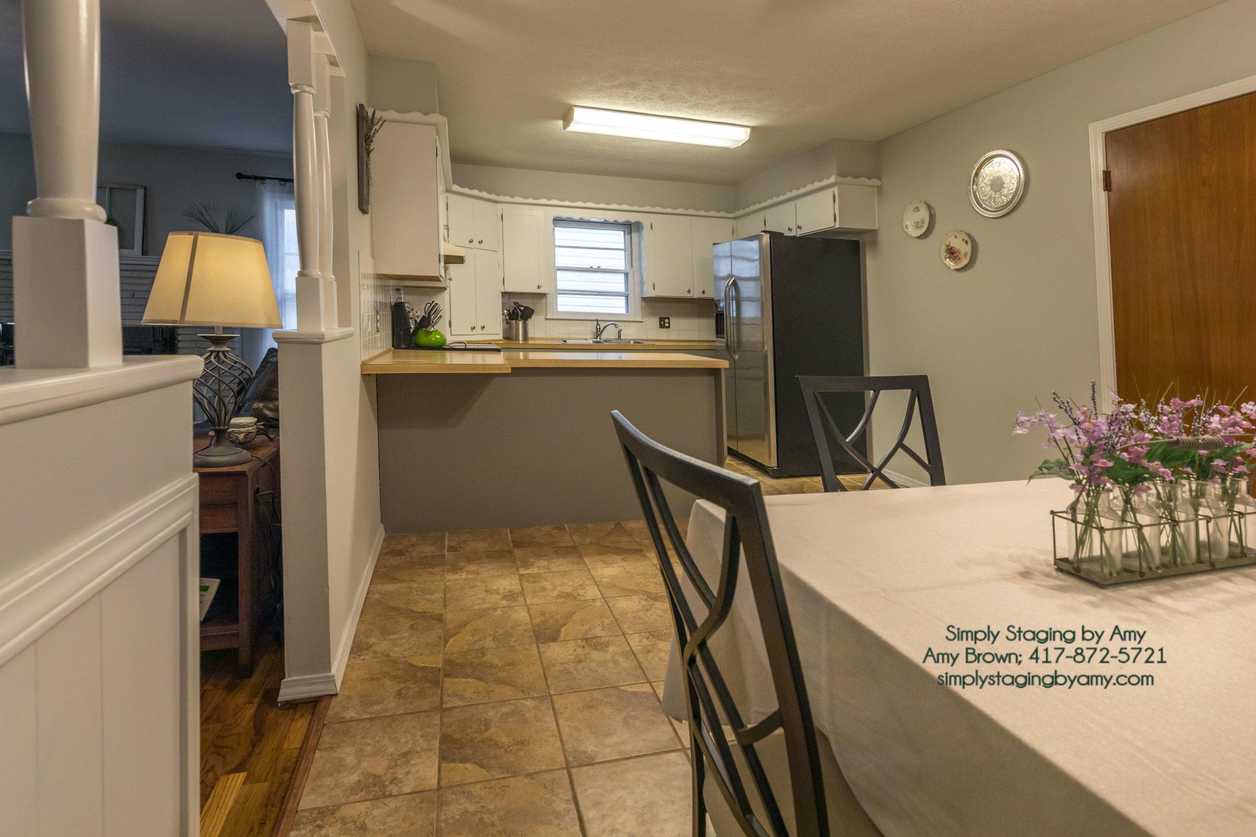 (2) 1435 E Crestview Spfd Kitchen Dining After.jpg