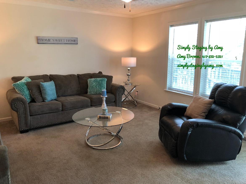 152 Alexian Ct, Walnut Shade, Mo Living Area After 2 (5718).jpg