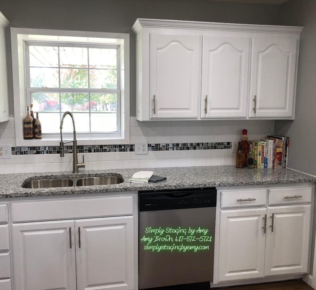 Lora Crow Kitchen After 3.jpg