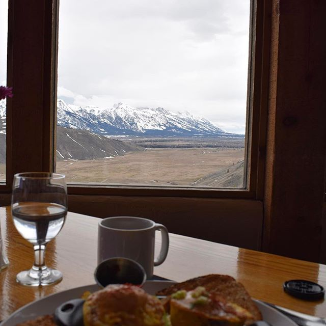 The view for breakfast is hard to beat from The Granary at @springcreekranch. Locals off season lodging and dinner/breakfast special is still happening!