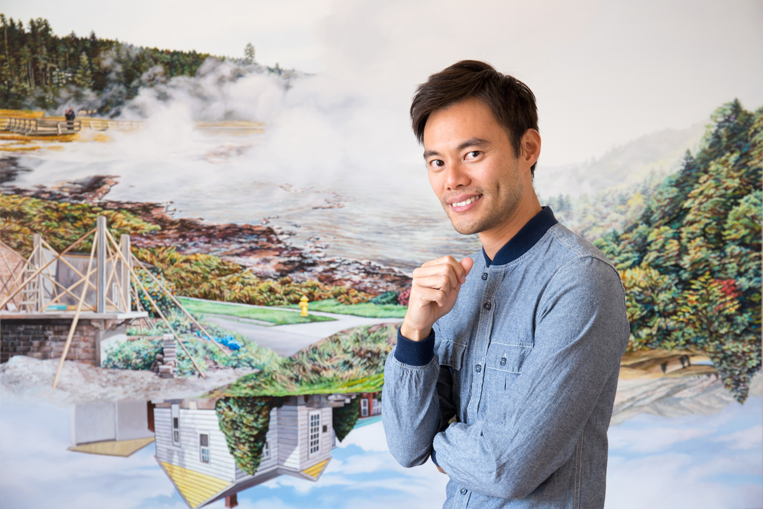 Kevin Chin in the studio, 2019 (background: Castle Under the Sky 2019)