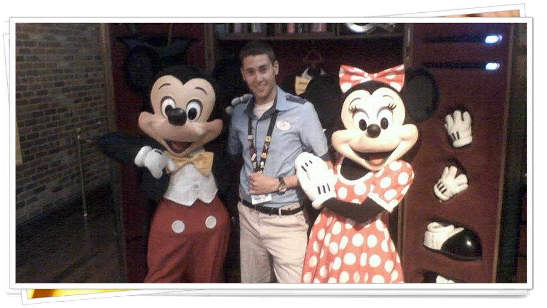 Mickey Minnie Character Attendent.jpg