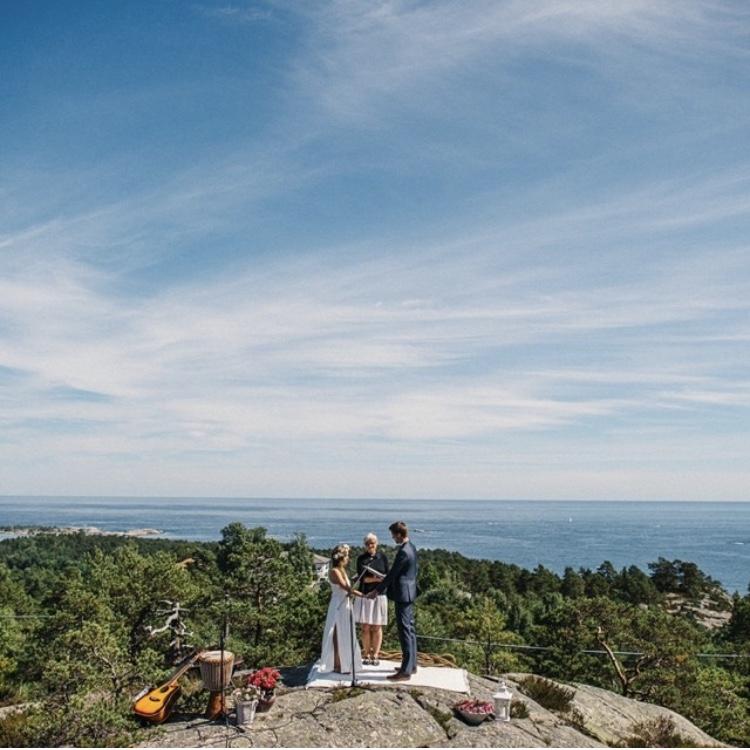 Jonas & Rach's Norwegian Wedding
