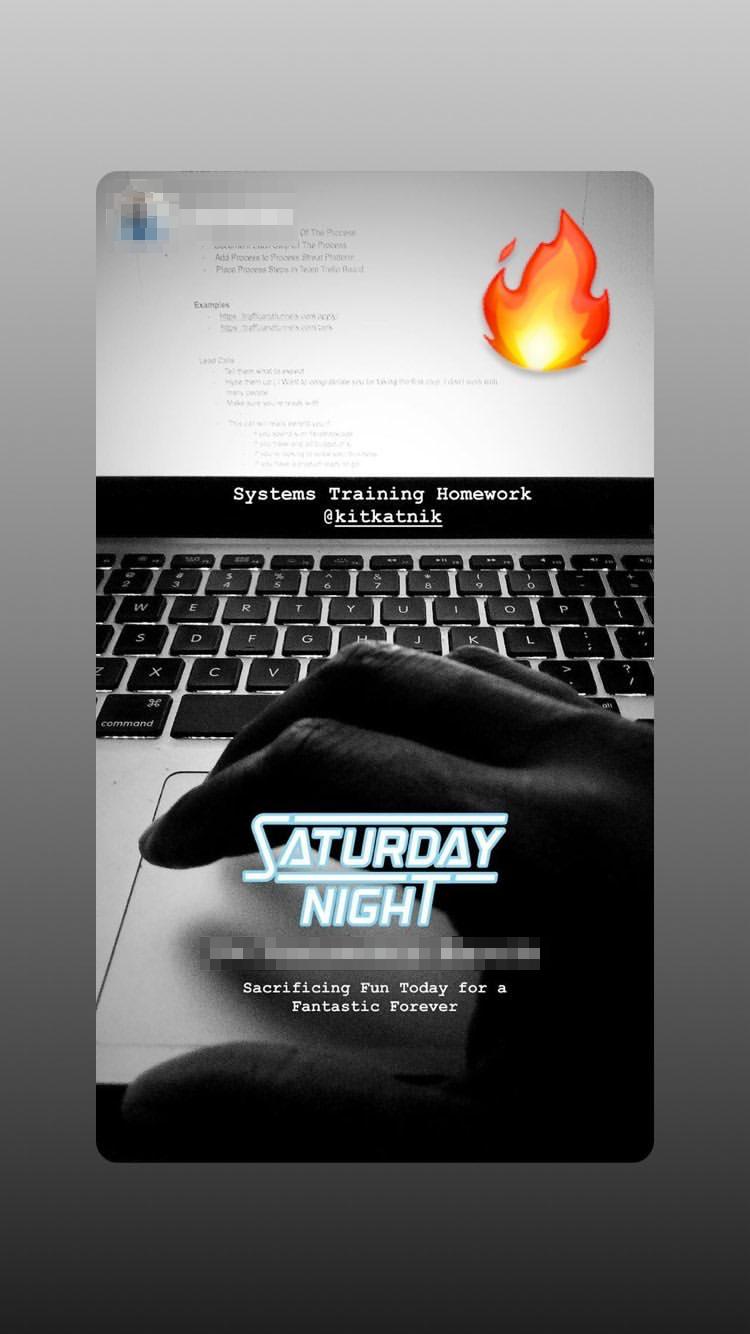 Instagram_2019_12_EDITED.png