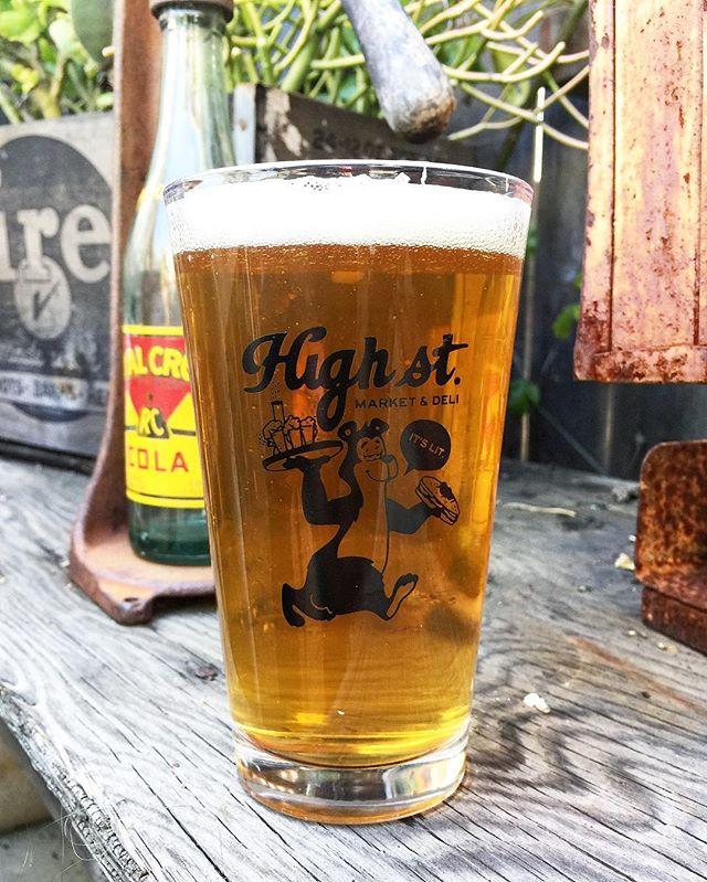 I'm stoked on how these new Pint glasses I designed for @highstreetdeli  came out! Inspired by the vintage Hamm's beer graphic. Oh and I spy a bong 👀