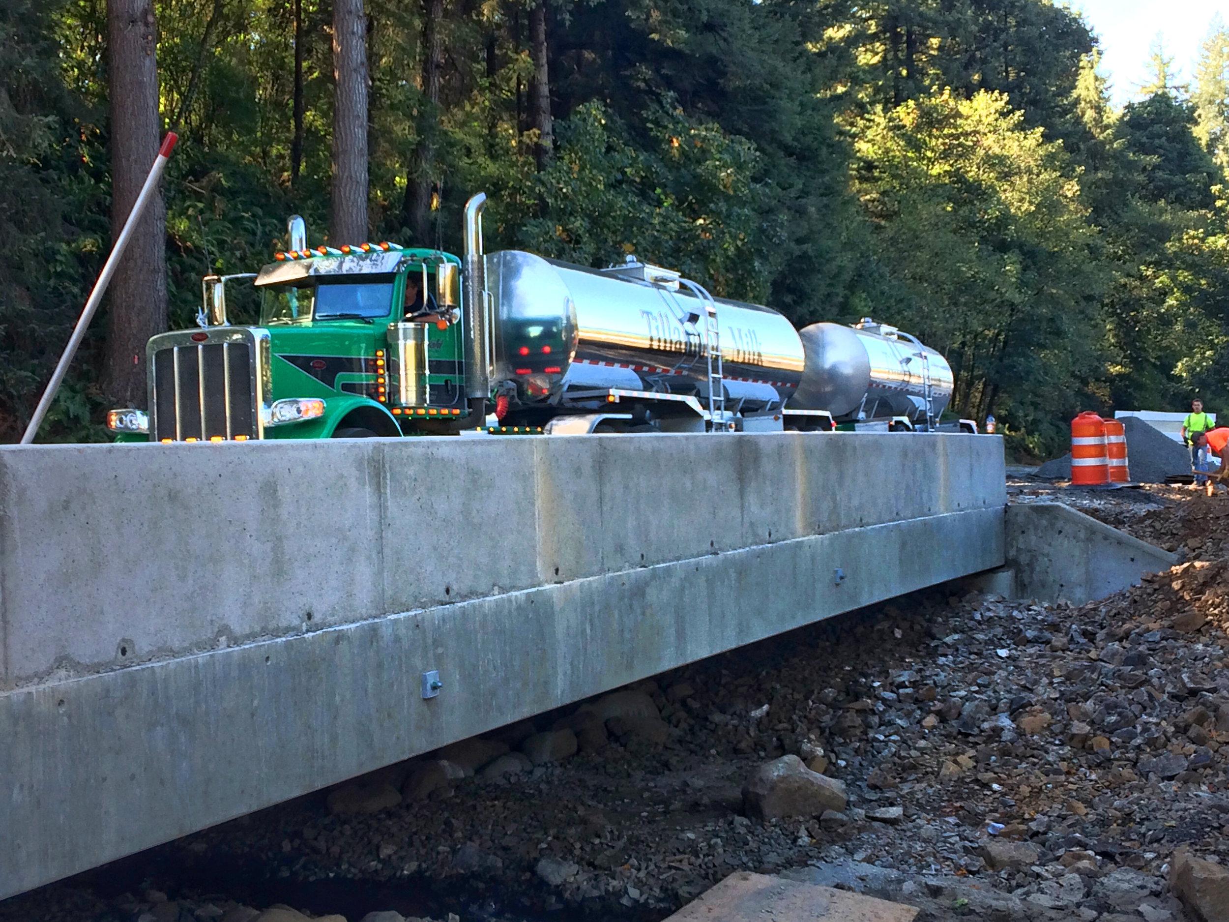 Boulder Blankenship milk truck 9-12-17.jpg