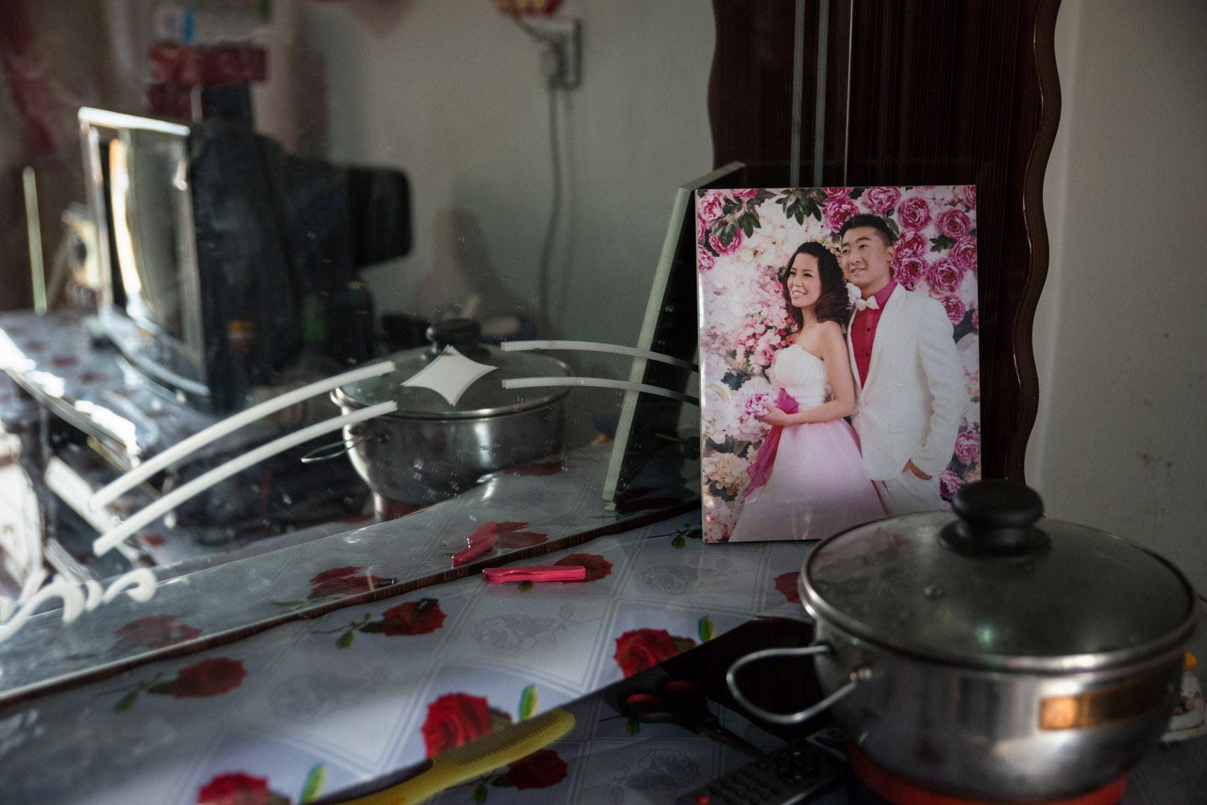 Wedding portrait in Niu's room.