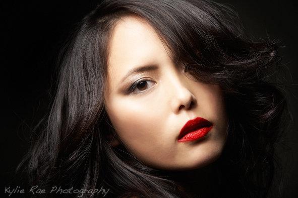 Makeup by Tammi Hendricks, hair by Nicole Sudjana, photography by Kylie Rae
