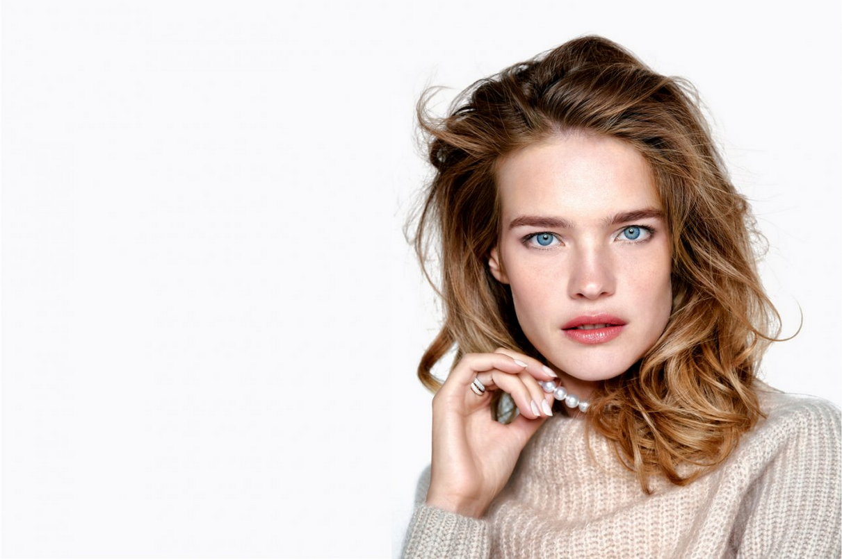 Natalia Vodinova knows keeps it cosy yet fresh (Image: Vogue Russia)