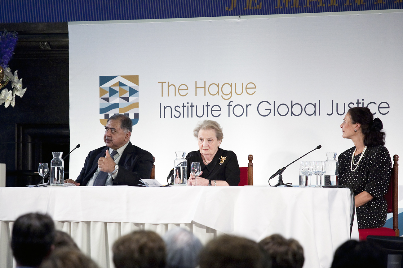 De lancering van The Institute for Global Justice. Met Madeleine Albright en Prinses Margriet