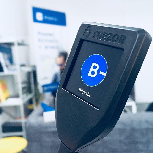 Testing... #trezor #trezort #crypto #cryptocurrency #bitcoin #litecoin #bitcoinvpraxi #dash #ethereum #btc #ltc