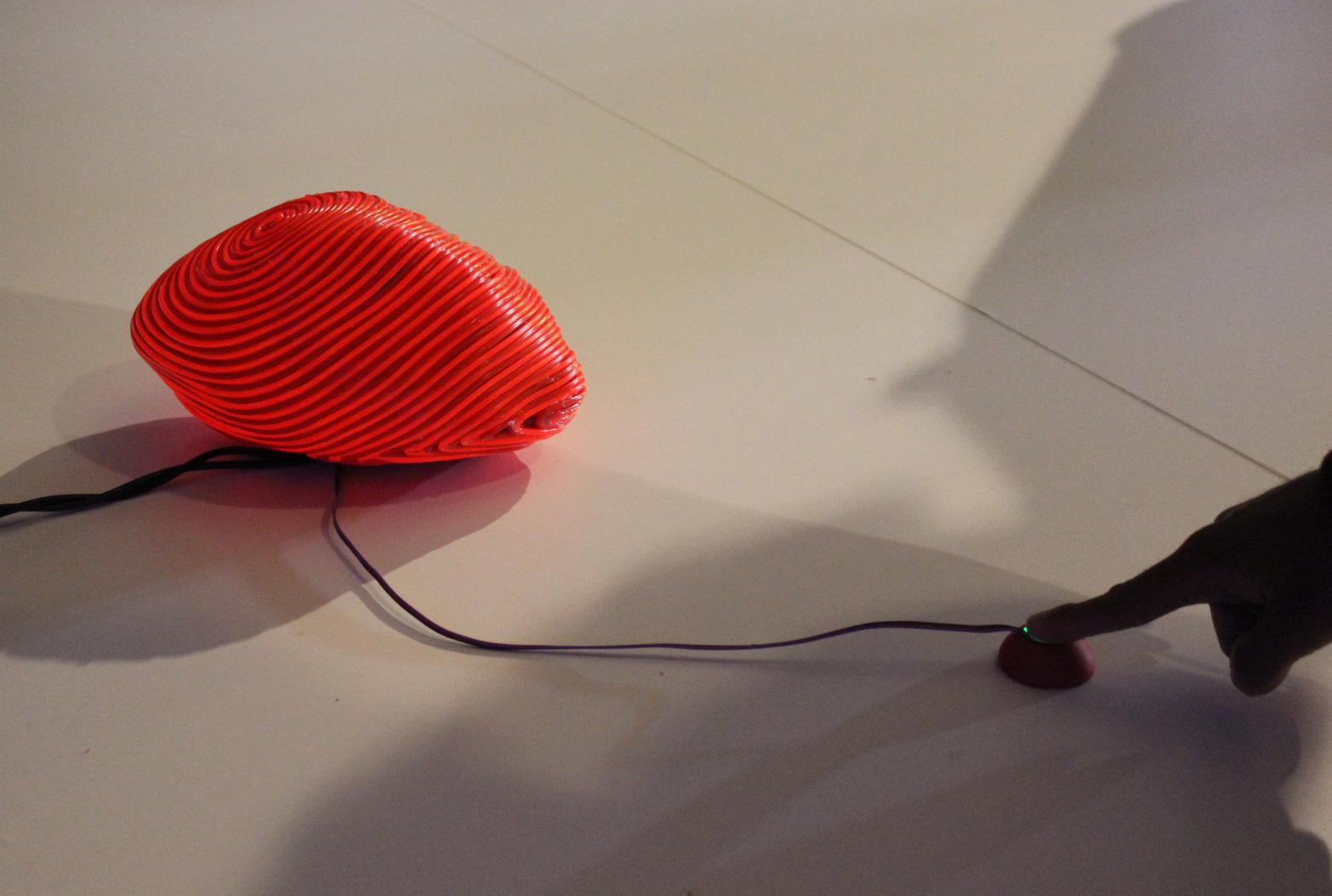HEART DIALOGUE   Sensitive sculpture, 2014