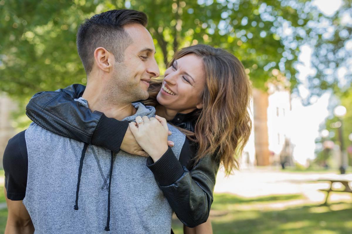 Kristen-and-ryan-youngstown-warren-ohio-wedding-photographers 14.jpg